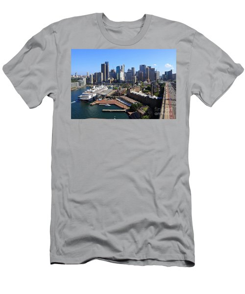 Cruiser Ship In Sydney Men's T-Shirt (Athletic Fit)
