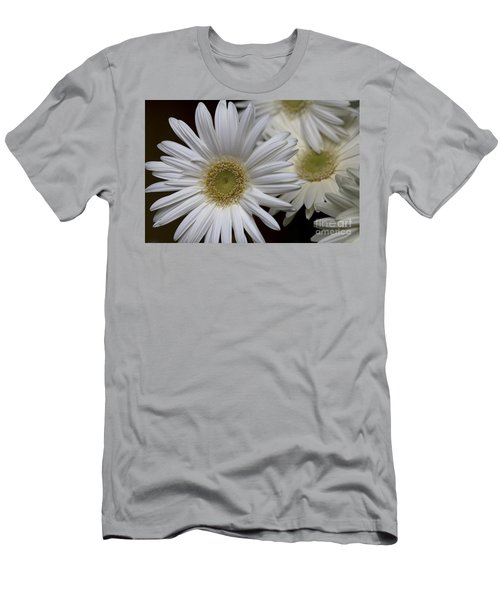 Daisy Photo Men's T-Shirt (Athletic Fit)