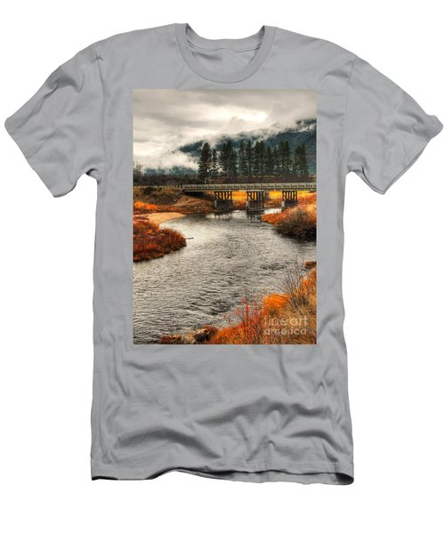 Daveys Bridge Men's T-Shirt (Slim Fit) by Sam Rosen