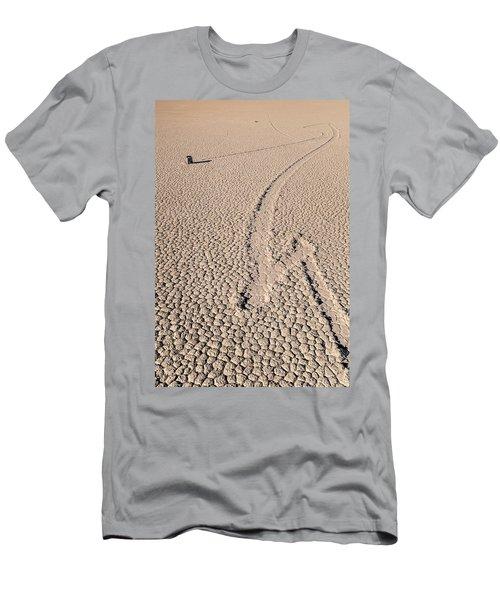 Death Valley Racetrack California Men's T-Shirt (Athletic Fit)