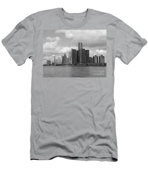 Detroit Skyscape Men's T-Shirt (Athletic Fit)