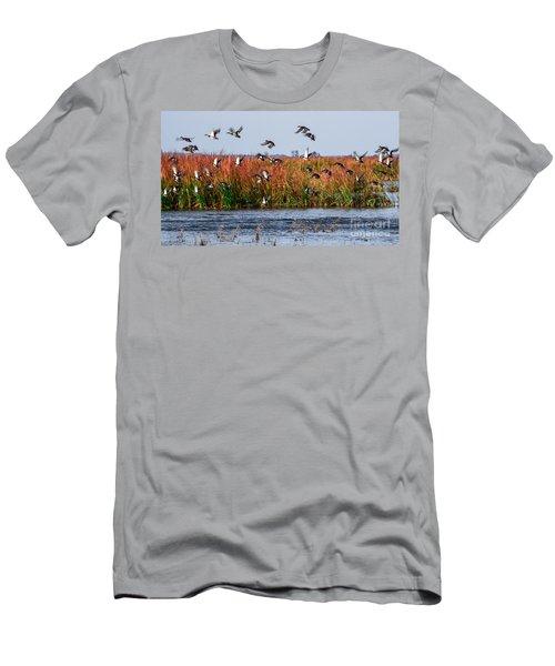 Duck Blind Men's T-Shirt (Athletic Fit)