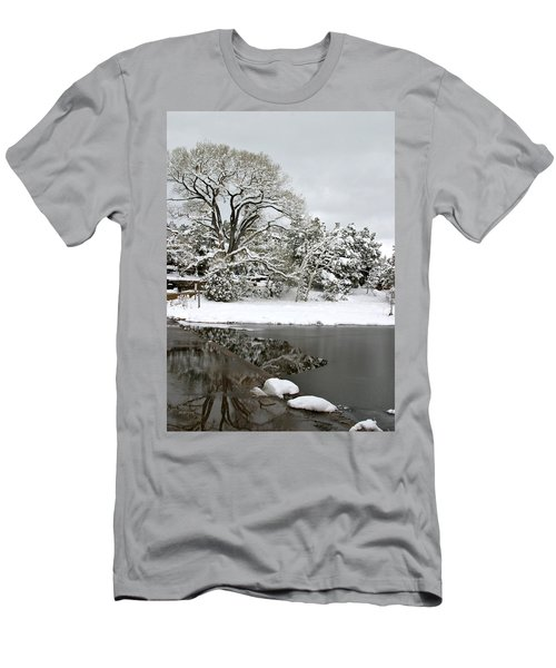 East Verde Winter Crossing Men's T-Shirt (Athletic Fit)