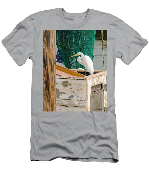Egret With Fishing Net Men's T-Shirt (Athletic Fit)