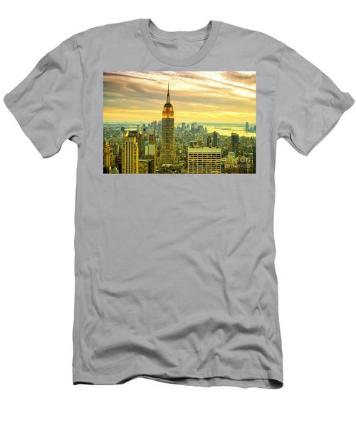 Empire State Building In The Evening Men's T-Shirt (Athletic Fit)