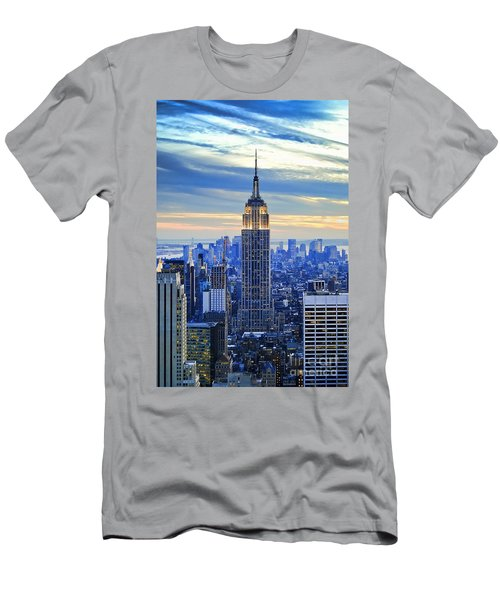 Empire State Building New York City Usa Men's T-Shirt (Athletic Fit)
