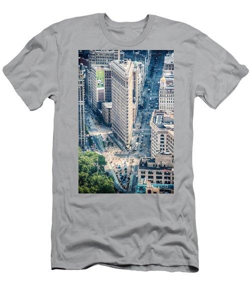 Flat Iron Building Men's T-Shirt (Athletic Fit)