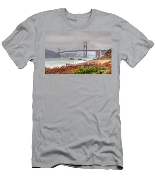 Foggy Bridge Men's T-Shirt (Athletic Fit)