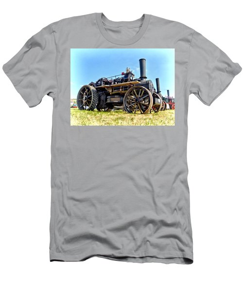 Fowler Ploughing Engine Men's T-Shirt (Athletic Fit)
