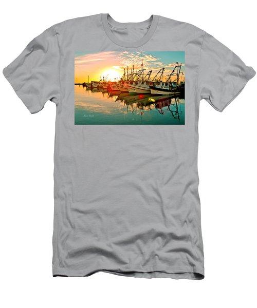 Fulton Harbor Men's T-Shirt (Athletic Fit)