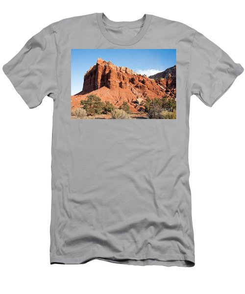 Golden Throne Capitol Reef National Park Men's T-Shirt (Athletic Fit)