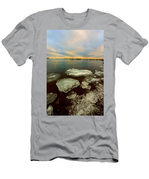 Men's T-Shirt (Slim Fit) featuring the photograph Hanging On by Amanda Stadther