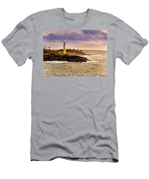 Hawaiian Lighthouse Men's T-Shirt (Athletic Fit)