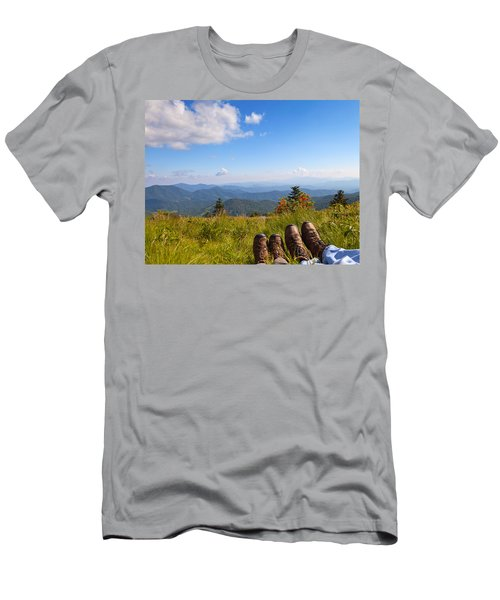 Hikers With A View On Round Bald Near Roan Mountain Men's T-Shirt (Athletic Fit)