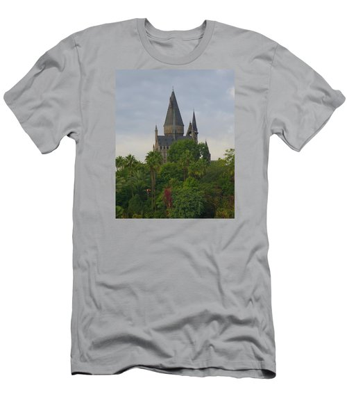 Hogwarts Castle 1 Men's T-Shirt (Athletic Fit)