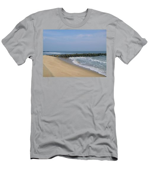 Jetty In Winter Men's T-Shirt (Athletic Fit)