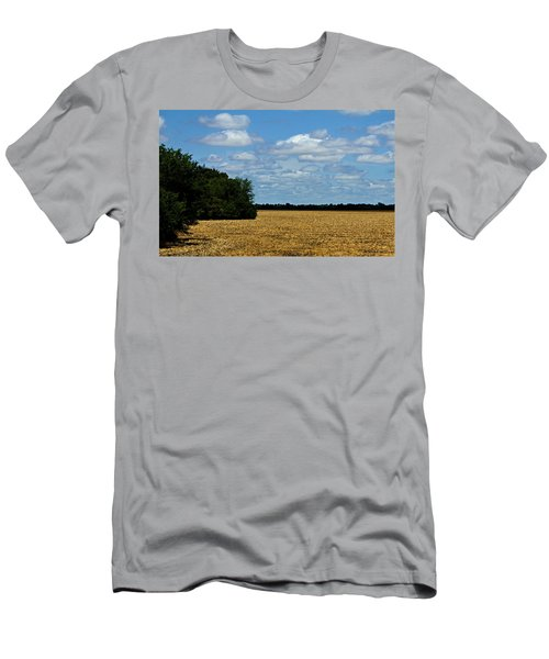 Kansas Fields Men's T-Shirt (Athletic Fit)