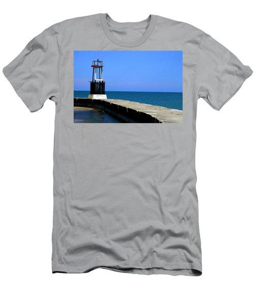 Lakefront Pier Tower Men's T-Shirt (Athletic Fit)