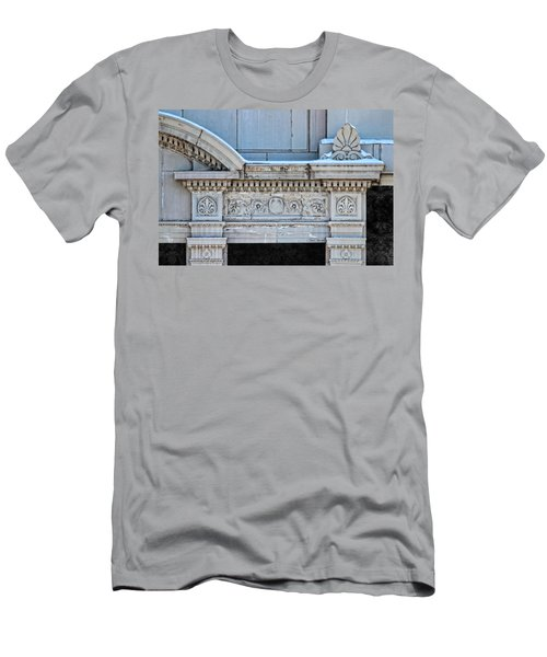 Lincoln County Courthouse Door Arch Men's T-Shirt (Athletic Fit)