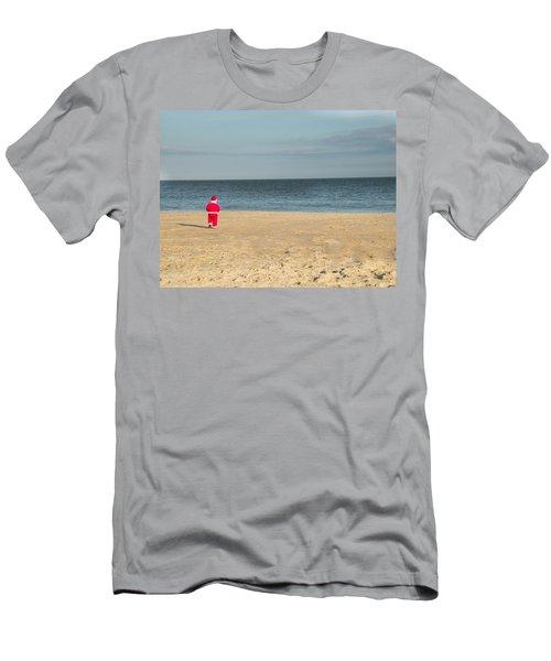 Little Santa On The Beach Men's T-Shirt (Athletic Fit)