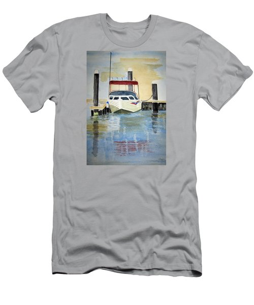 Lone Boat Men's T-Shirt (Athletic Fit)