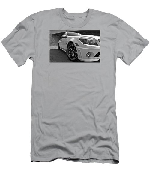 Men's T-Shirt (Slim Fit) featuring the photograph Low Profile by Linda Bianic