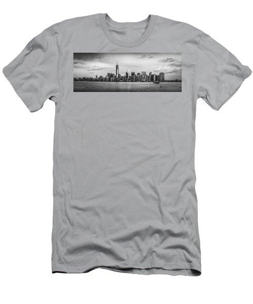 Manhattan Skyline Black And White Men's T-Shirt (Athletic Fit)