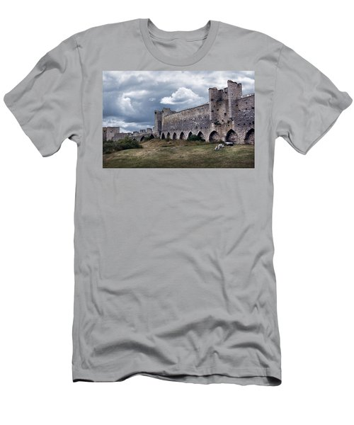 Medieval City Wall Defence Men's T-Shirt (Athletic Fit)