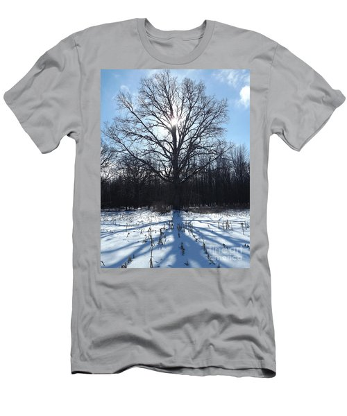 Mighty Winter Oak Tree Men's T-Shirt (Athletic Fit)