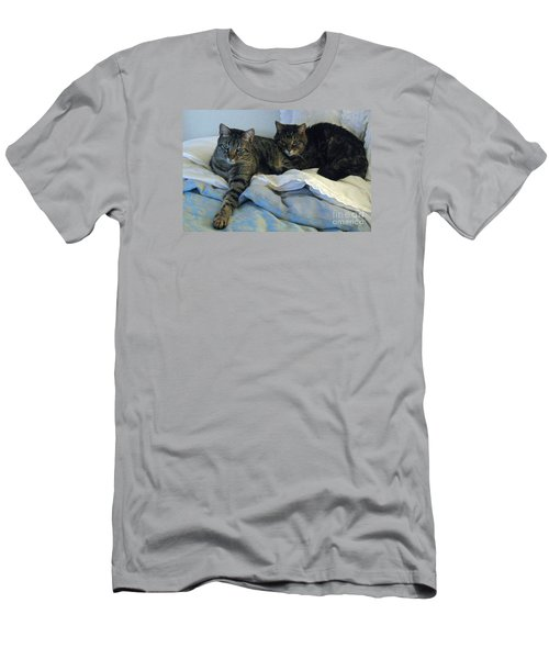 Ming And Sheba Resting  Men's T-Shirt (Athletic Fit)