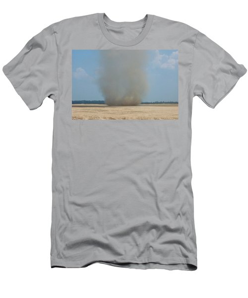 Mississippi Dust Devil Men's T-Shirt (Slim Fit)