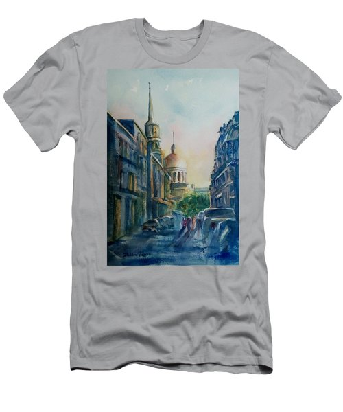 Montreal Skyline Men's T-Shirt (Athletic Fit)