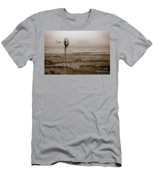 Morro Bay Windmill Men's T-Shirt (Athletic Fit)