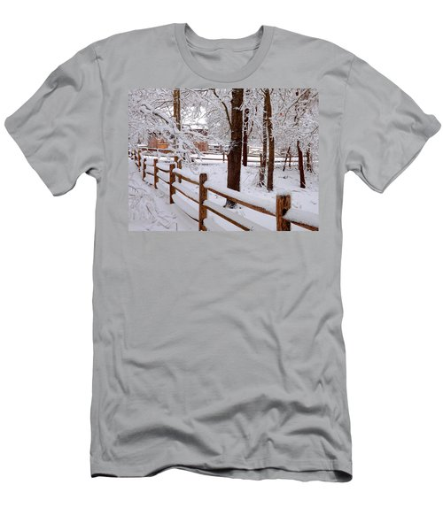 New England Winter Men's T-Shirt (Athletic Fit)