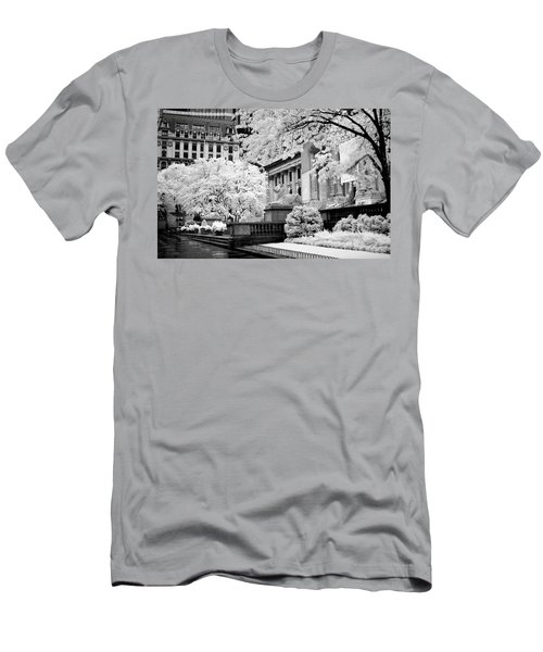 New York Public Library Ir Men's T-Shirt (Athletic Fit)