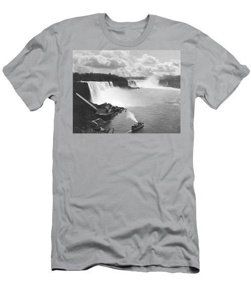 Niagara Falls Maid Of The Mist Men's T-Shirt (Athletic Fit)