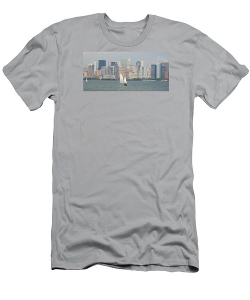 Ny City Skyline Men's T-Shirt (Athletic Fit)