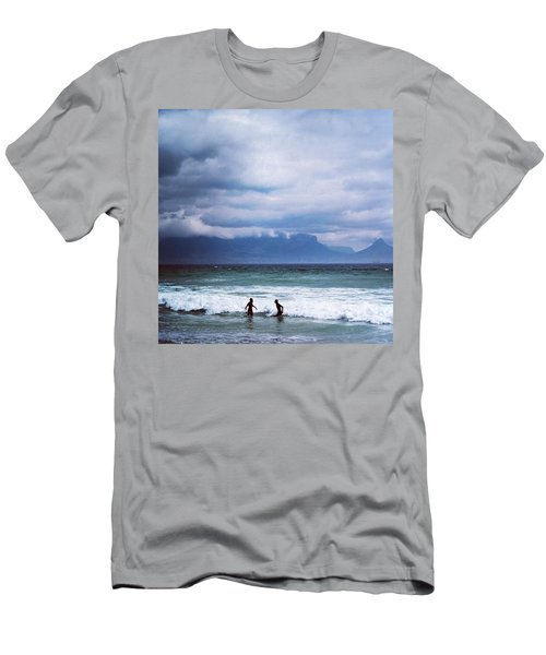 Ocean Play Men's T-Shirt (Athletic Fit)