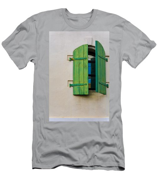 Old Green Shuttered Window Men's T-Shirt (Athletic Fit)