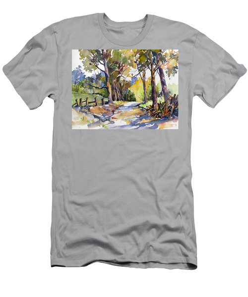 Olinda Trees Maui Men's T-Shirt (Athletic Fit)
