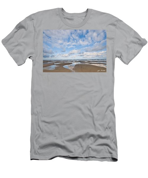 Pacific Ocean Beach At Low Tide Men's T-Shirt (Athletic Fit)