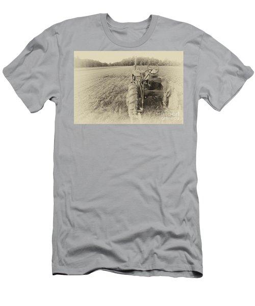Peach Glen Pennsylvania Men's T-Shirt (Slim Fit) by Tony Cooper