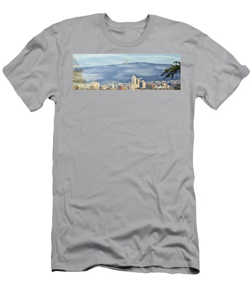 Reading Skyline Men's T-Shirt (Athletic Fit)
