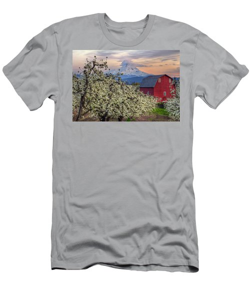Red Barn In Hood River Pear Orchard Men's T-Shirt (Athletic Fit)