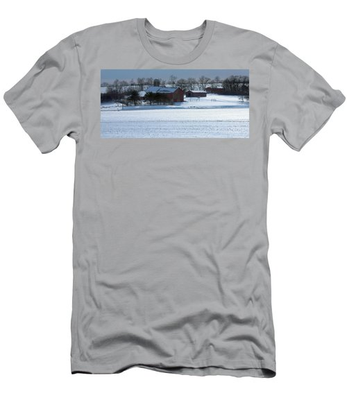 Red Barn In Snow Cover Men's T-Shirt (Athletic Fit)