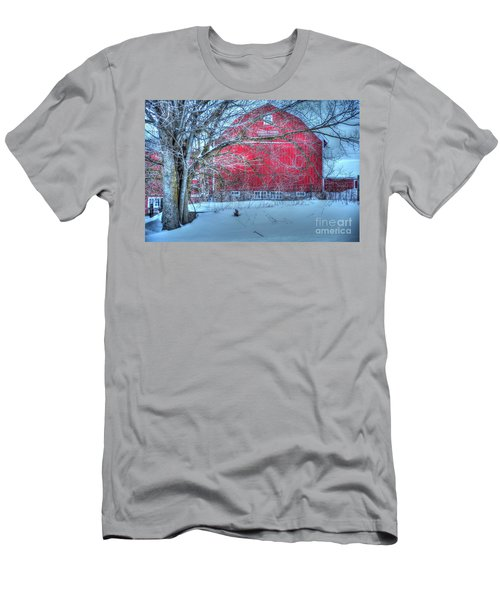 Red Barn In Winter Men's T-Shirt (Athletic Fit)