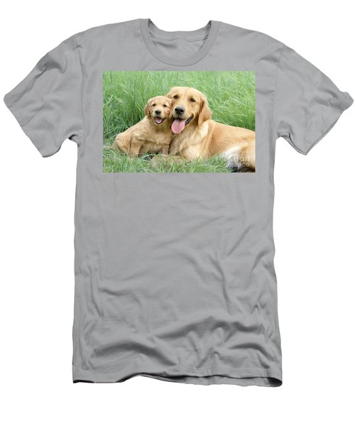 Relaxing Retrievers Men's T-Shirt (Athletic Fit)