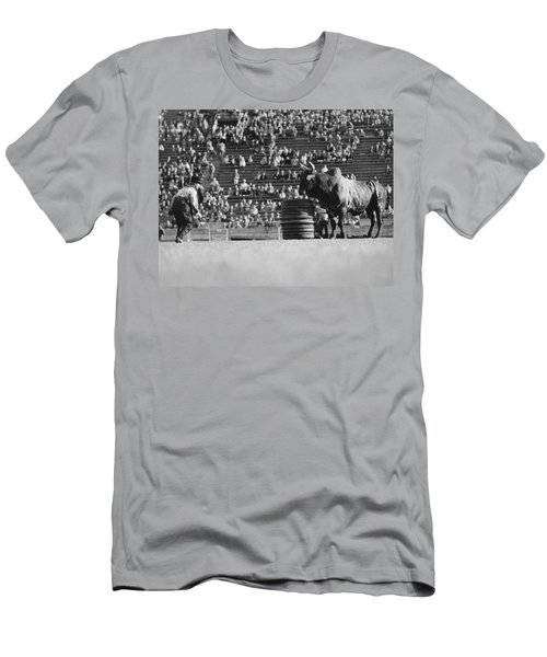Rodeo Clown Watches Bull Men's T-Shirt (Athletic Fit)