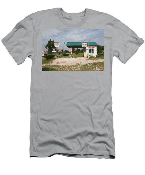 Route 66 Gas Station With Sponge Painting Effect Men's T-Shirt (Athletic Fit)