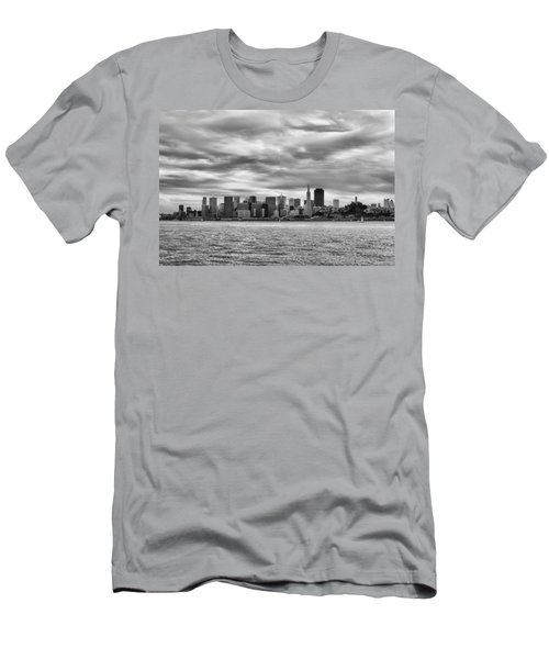 San Francisco Bay Men's T-Shirt (Athletic Fit)